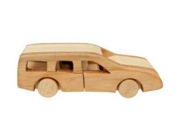 """Samochód z drewna """"Volvo V-70"""""""
