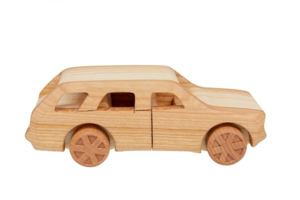 """Samochód z drewna """"Fiat 125p kombi"""""""