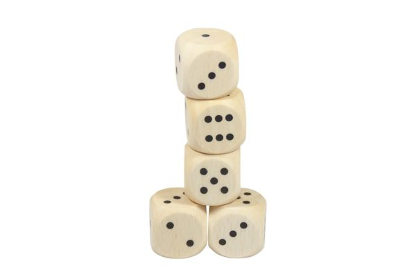 Drewniane kostki do gry