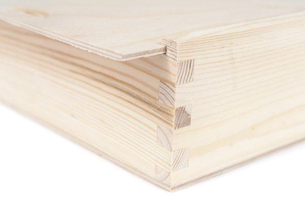 Drewniane pudełko na fotografie