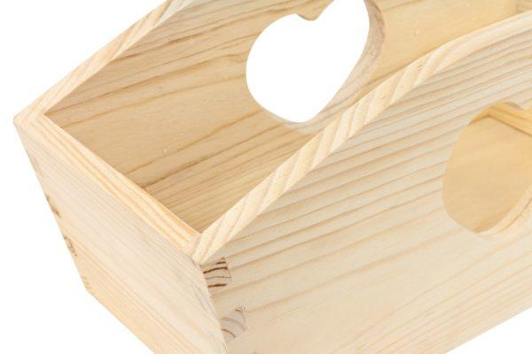 Drewniana skrzynka w serca