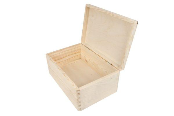 Drewniane pudełko z deklem