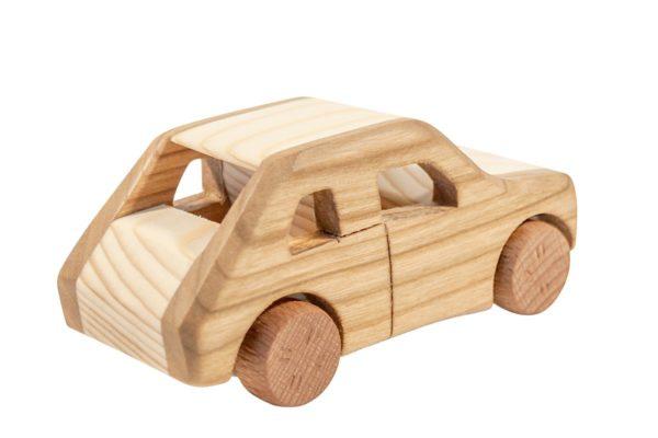 "Samochód z drewna ""Maluch"""