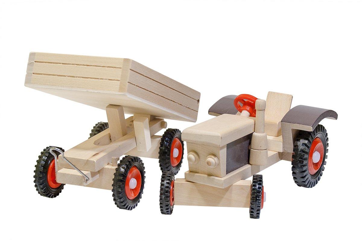 Drewniany traktor zklockami