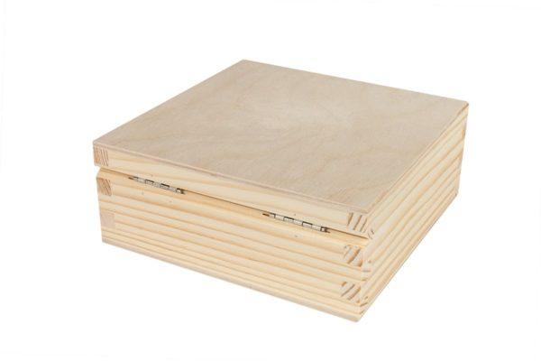 Drewniane pudełko 20/20/6 cm