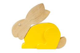 Ozdobny królik z drewna - żółty