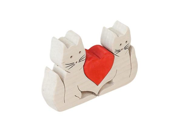 Dwa kotki z sercem z drewna - oryginalna ozdoba.