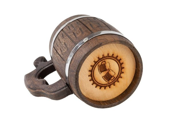 Drewniany kufel z wkładem ze stali nierdzewnej