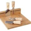 Drewniana deska do krojenia i serwowania serów