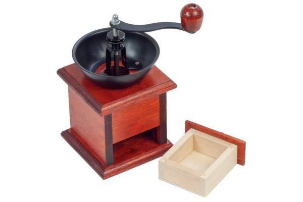 Drewniany, ręczny młynek z szufladką