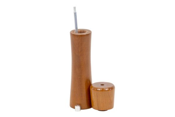 Drewniany ręczny młynek - lakierowany