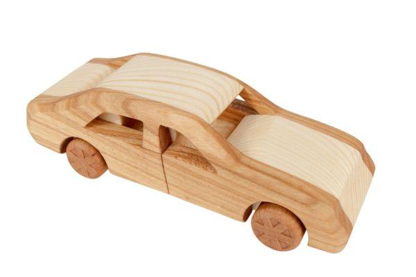 "Samochód, model z drewna ""Mercedes 124"""