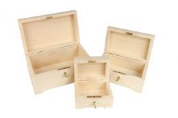Zestaw 3 drewnianych kuferków zamykanych na kluczyk