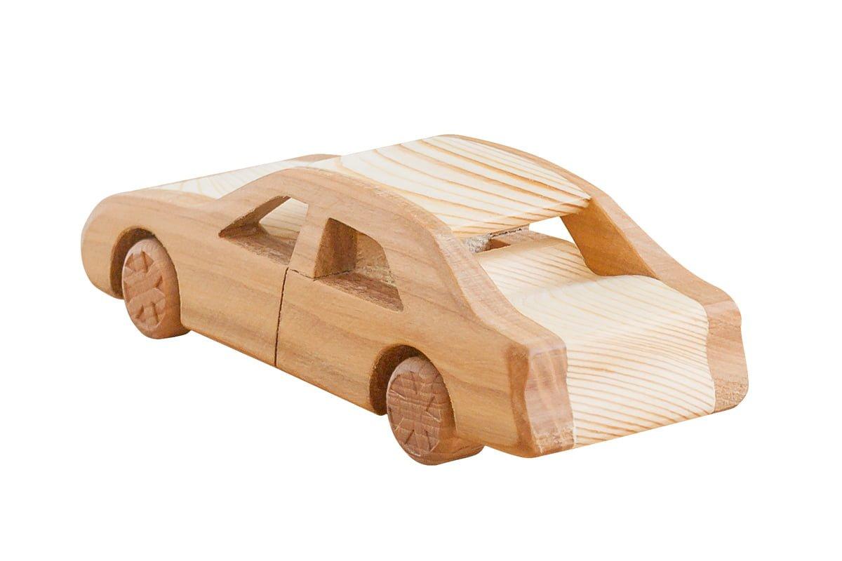 Drewniana ciężarówka rajdowa zeschowkiem - piórnik