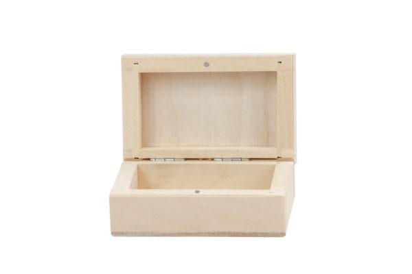 Drewniane pudełeczko z magnesem