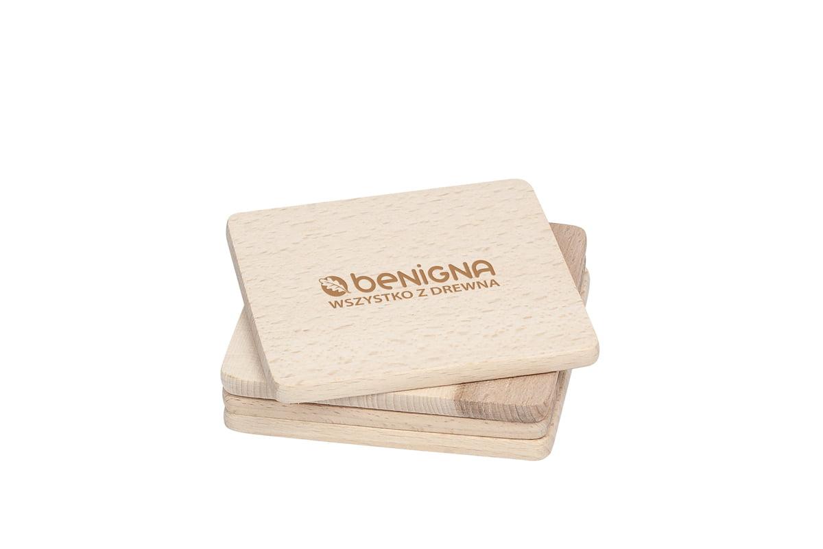Drewniana podkładka podkubek lub kufel