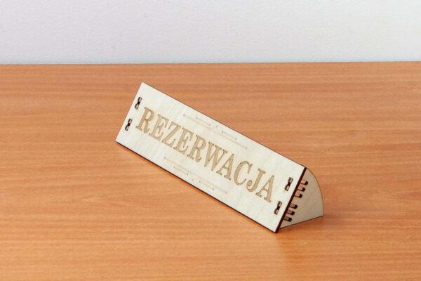 Drewniana tabliczka informacyjna - rezerwacja