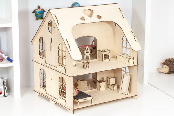 Domek dla lalek, z mebelkami