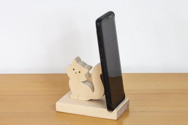 Podstawka pod telefon z figurką kotka