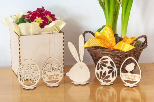 Ozdobne jajko, drewniana pisanka na Wielkanoc