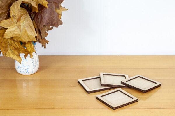 Kwadratowa, drewniana tacka - baza dla kreatywnych prac