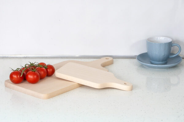 Bukowa deska do krojenia z uchwytem