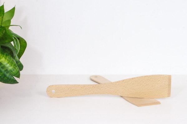 Drewniana kuchenna łopatka